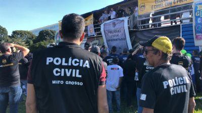 Escrivães e investigadores de MT estão em Brasília para 'cobrar' promessas de Bolsonaro